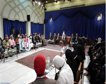 President Ahmadinejad at a meeting with the families of the victims of the Egyptian revolution