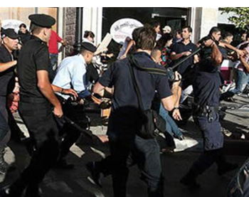 The Palestinian police suppress violent demonstrations in Ramallah (Hamas' palestine-info website, July 2, 2012). One of the demonstrations (on June 30) protested the planned (and cancelled) visit of Israeli Vice Prime Minister Shaul Mofaz.