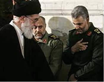 Ghasem Soleimani, Qods Force commander, bows his head to Iranian Supreme Leader Ali Khamenei (Picture from the Asriran.com website, July 3, 2011).