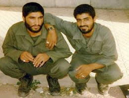 Qasem Soleimani (right) with a colleague during the Iran-Iraq War (basijpress.ir)