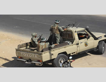 Egyptian army forces reinforce the Sinai Peninsula (Picture from Hamas' PALDF forum website, August 8, 2012)