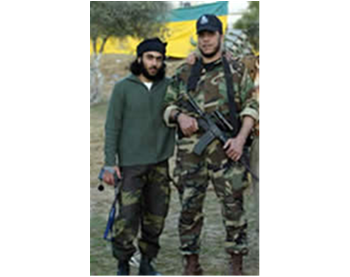Mumtaz Dughmush, founder of the Army of Islam (right), with one of his operatives (Picture from a Hamas forum, January 24, 2007)