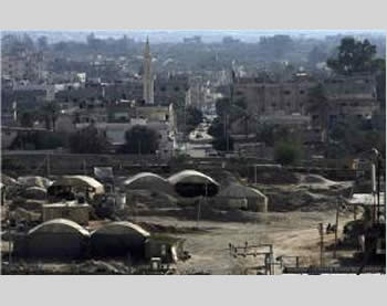 The district of the tunnels in Rafah (Safa News Agency, August 16, 2012).
