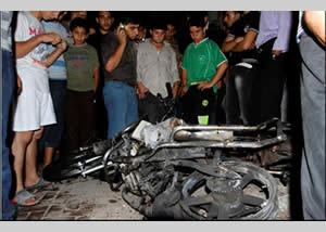 The motorcycle which Hisham Saidani and another top operative rode in Jebaliya refugee camp (Wafa, October 13, 2012)
