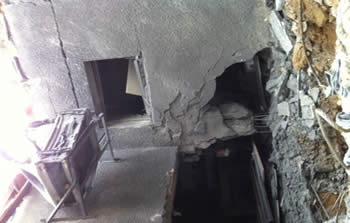 House directly hit by a rocket in one of the western Negev towns (Photo by Daniel Khajbi, Sderot Media Center, October 24, 2012)