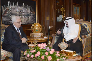 Mahmoud Abbas meets with Saudi Arabian King Abdallah Bin Abd al-Aziz (Wafa News Agency, November 12, 2012).