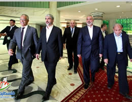 Khaled Mashaal, Ismail Haniya and Mahmoud al-Zahar visit Egyptian general intelligence headquarters