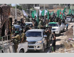 Parade and military rally held by the Hamas military wing (Filastin al-'Aan, September 4, 2013)
