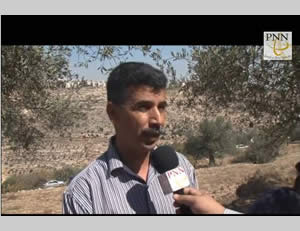 Salah al-Khawaja, prominent popular resistance activist in Judea and Samaria, interviewed by PNN TV during a protest against the security fence held near Beit Jala and attended by foreign diplomats (PNN TV, October 11, 2013)