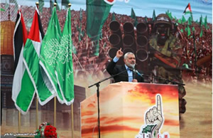 Ismail Haniya gives a speech at the rally (Palestine-info.info, March 23 2014).