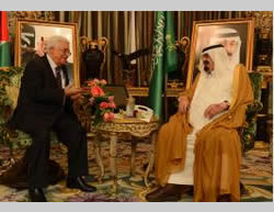 Mahmoud Abbas meets the king of Saudi Arabia (Wafa.ps, July 27, 2014)