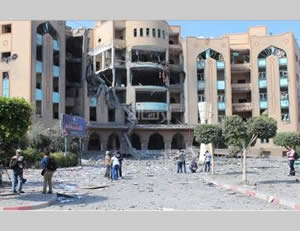 The Islamic University administration building attacked by IAF aircraft (Alresala.net, August 2, 2014).