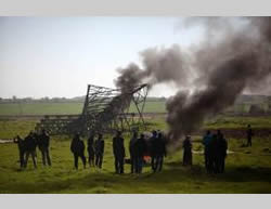 Demonstrations held along the Gaza Strip border (Facebook page of PALINFO, February 1, 2015)