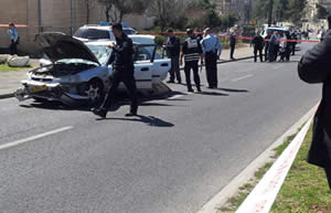 The scene of the vehicular attack in Jerusalem that injured five people (Photo by David Diamant for Tazpit.org.il, March 6, 2015)