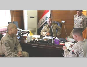 US Army personnel advising Iraqi Army officers (CENTCOM website, March 7, 2015)