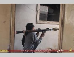 ISIS operatives during the fighting in Deir al-Zor (justpaste.it file sharing website, May 9, 2015)