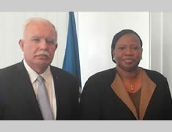 Riyadh al-Maliki meets in The Hague with Ms. Fatou Bensouda, the attorney general of the ICC (Facebook page of Palestinian foreign ministry, August 3, 2015).