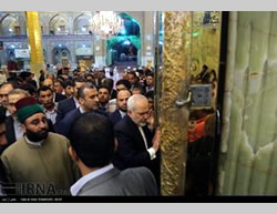 Mohammad-Javad Zarif during his visit to Najaf