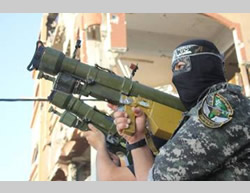 The Izz al-Din al-Qassam Brigades' show of force in Beit Hanoun (Facebook page of Gaza al-'Aan, August 11, 2015).