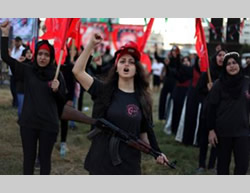 The graduation of the women's self-defense course held by the PFLP (Facebook page of Quds.net and Dunia al-Watan, August 29, 2015).