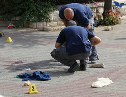 The scene of the stabbing attack at Ammunition Hill, Jerusalem (Photo by Hillel Meir for the Tazpit News Agency, October 12, 2015).