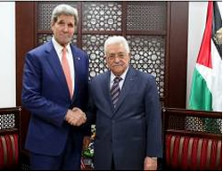 Mahmoud Abbas meets with American Secretary of State John Kerry at his office in Ramallah (Wafa News Agency, November 24, 2015).