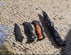Knives used by Palestinians in the stabbing attack on Jaffa Road in Jerusalem, killing two and wounding another (Facebook page of QudsN, December 23, 2015).