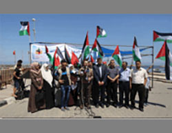 The press conference held in the port of Gaza. In the background at the right is the memorial erected to the Mavi Marmara flotilla (Twitter account of Palinfo, May 30, 2016).