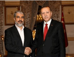 Khaled Mashaal, head of Hamas' political bureau, meeting in Istanbul with Turkish president Erdogan (Hamas website, June 25, 2016).