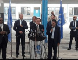 UN Secretary General Ban Ki-moon holding a press conference in the Gaza Strip (Facebook page of Paldf, June 28, 2016).
