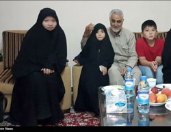 Soleimani at the house of Fatemiyoun commander Tavasoli, killed in Syria (Tasnim, August 2, 2016).