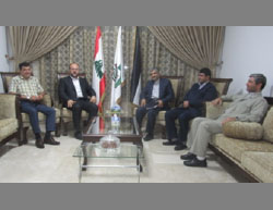 The Iranian delegation meets with Hamas' representative in Beirut (IRNA, September 1, 2016).