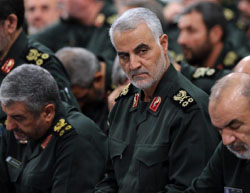 Qasem Soleimani at a meeting of IRGC commanders and the supreme leader on September 18, 2016 (Fars).