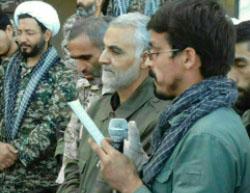 Morteza Ataei (right) standing next to Qasem Soleiman (Qasemsoliemani,Islamic Revolution,