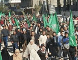 Hamas march in the northern Gaza Strip (Facebook page of QudsN, December 9, 2016).