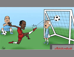Hamas cartoon: Obama scores a goal against Israel. The apathetic figure at the left is Egyptian President el-Sisi (al-Risalah, December 27, 2016).