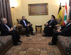 Abdollahian (second from left) meets with Nasrallah (Fars, January 24, 2017).