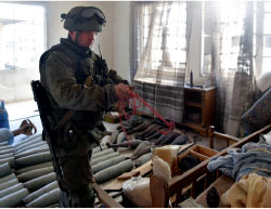Russian sappers removing mines in Aleppo (Russian Defense Ministry website, eng.mil.ru)