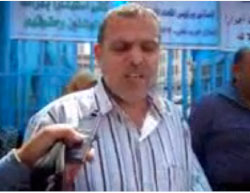 September 2011: Suhail al-Hindi participates in a demonstration held by UNRWA staff in front of the agency's offices in Gaza City to protest the decision to suspend him because of his affiliation with Hamas (YouTube, September 11, 2017).