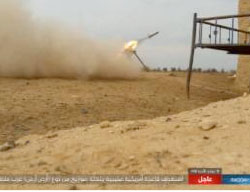 ISIS surface-to-surface missile being fired at an American base west of the Tel al-Saman area (Haqq, March 17, 2017)