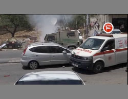 Israeli vehicle blocked by a Palestinian ambulance (Ma'an, May 18, 2017).