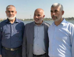 Senior Hamas figures from the Gaza Strip visit Egypt. Left to right, Rawhi Mushtaha, a member of Hamas' political bureau, Tawfiq Abu Na'im, deputy minister of the interior, and Yahya al-Sinwar, head of Hamas' political bureau in the Gaza Strip, on the banks of the Nile (thegazapost.com, June 10, 2017).
