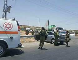 The scene of the vehicular attack near the Arab village of Teqo'a, southeast of Bethlehem (Facebook page of QudsN, July 10, 2017).