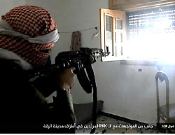 ISIS operatives fire at the SDF forces on the outskirts of Al-Raqqah (Haqq, July 20, 2017)