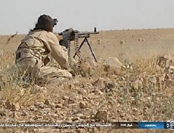 ISIS operatives fighting against the Syrian forces in the area of Ithriya (Haqq, July 20, 2017)
