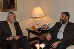 Ismail Haniya meets in Cairo with Dr. Khairat al-Shater