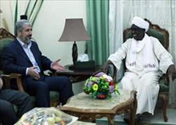 Khaled Mashaal meets the Sudanese president's adviser