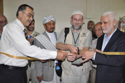 The delegation leaders meet with senior staff members of the Islamic University of Gaza
