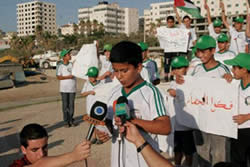 Hamas' summer campers at a support rally for Freedom Fleet 2