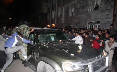 opposition leader Mehdi Karoubi's car attacked